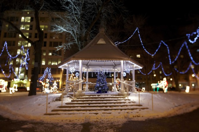 PHOTOS & Milwaukee Holiday Lights Festival presented by Milwaukee Downtown ... azcodes.com