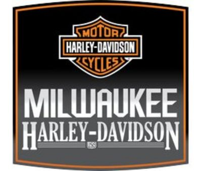 Pictures with Santa at Milwaukee Harley