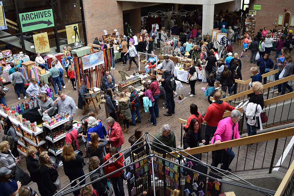 Uw parkside s 44th annual winter arts and crafts fair for Craft fairs milwaukee wi