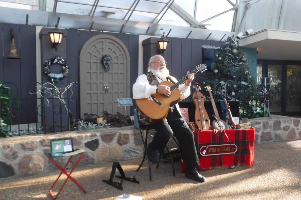 Let There Be Light! ~ Christmas Folk Concert with David HB Drake