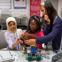 Discovery World Summer Camp: Robot Games