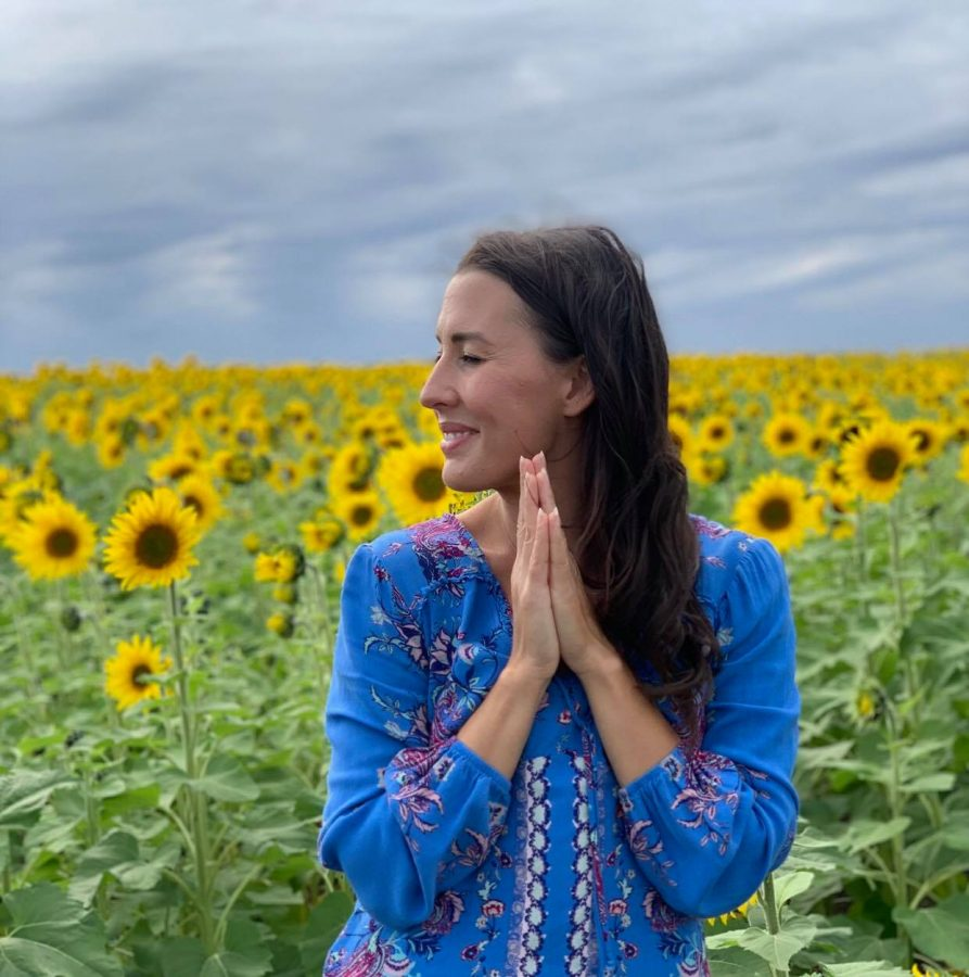 ONLINE: Noon Kundalini with Carly - 30 minute class!